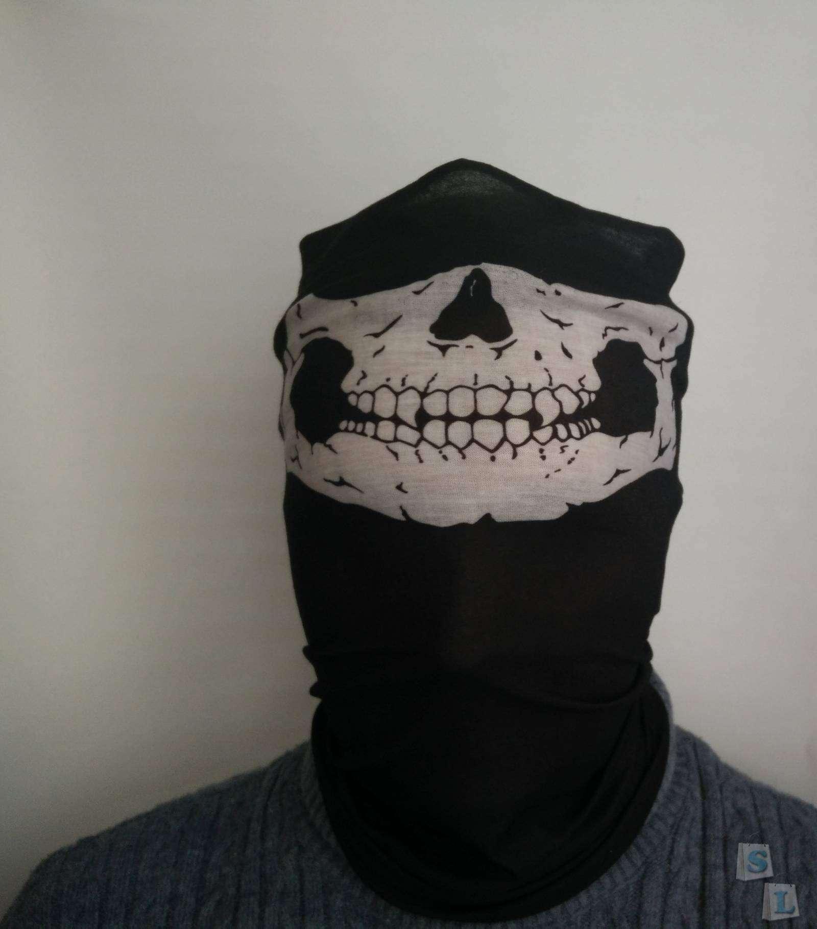 Бафф бандана с черепами по акции с магазина DD4