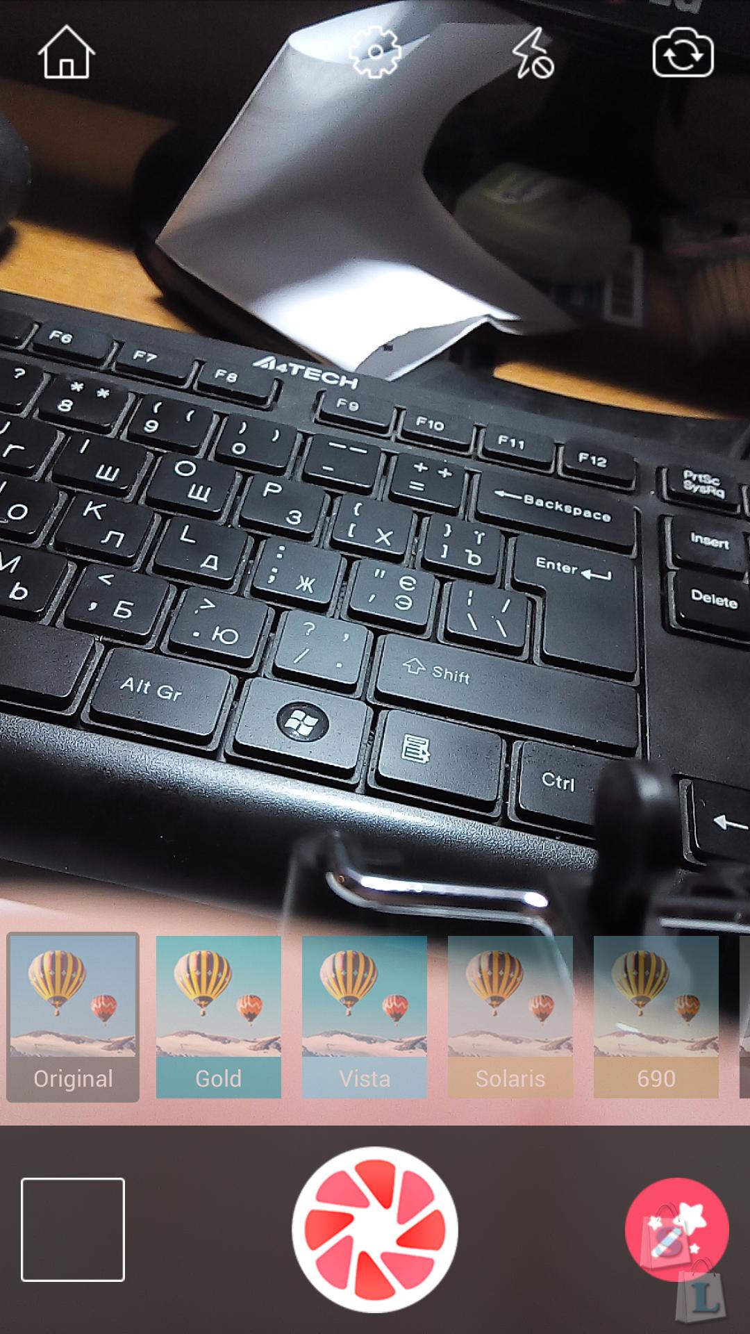 GearBest: Обзор палки для селфи с кнопкой и подключением к аудиовыходу
