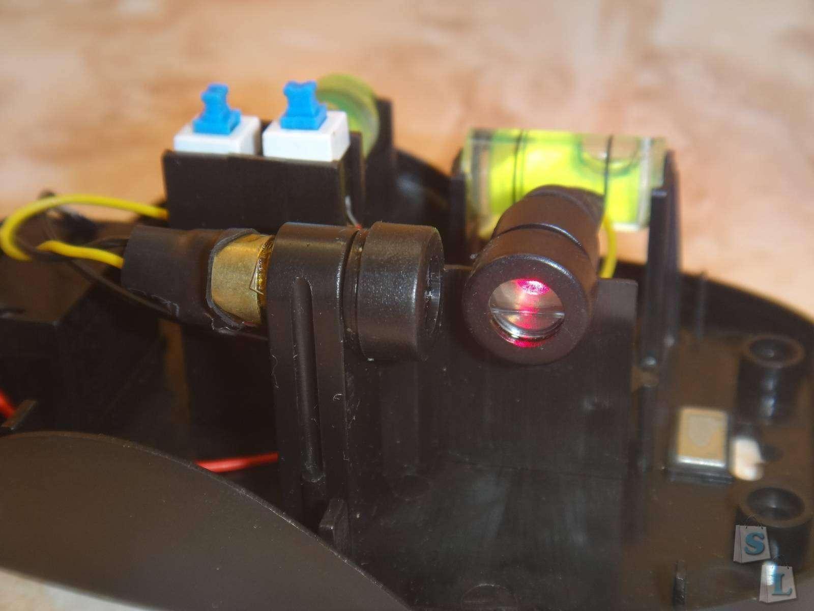 TVC-Mall: Обзор лазерного уровня или линейки угольника LV-09