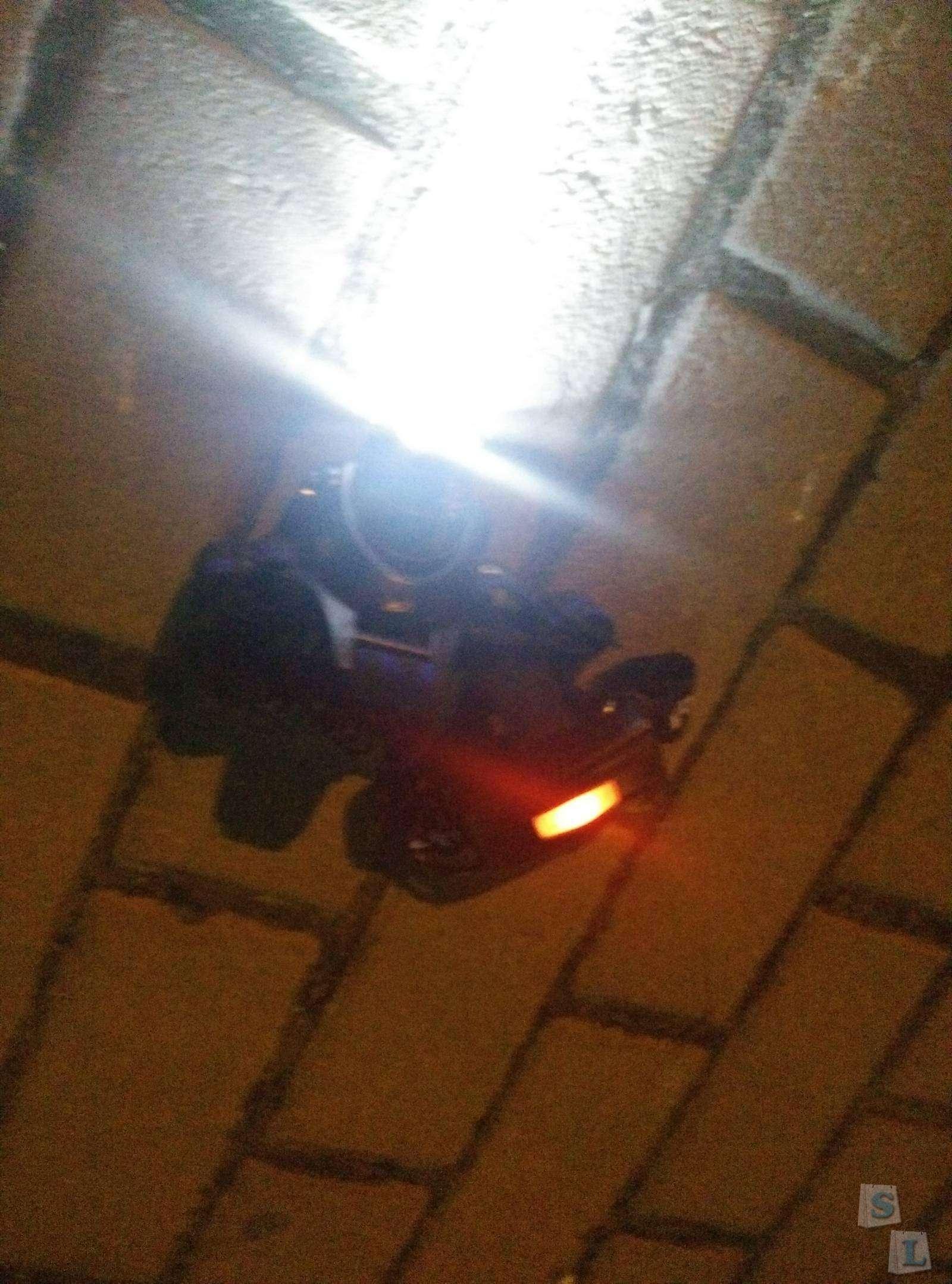 Aliexpress: Налобный велосипедный фонарь GD001 CREE XML-T6 3 режима 1000LM