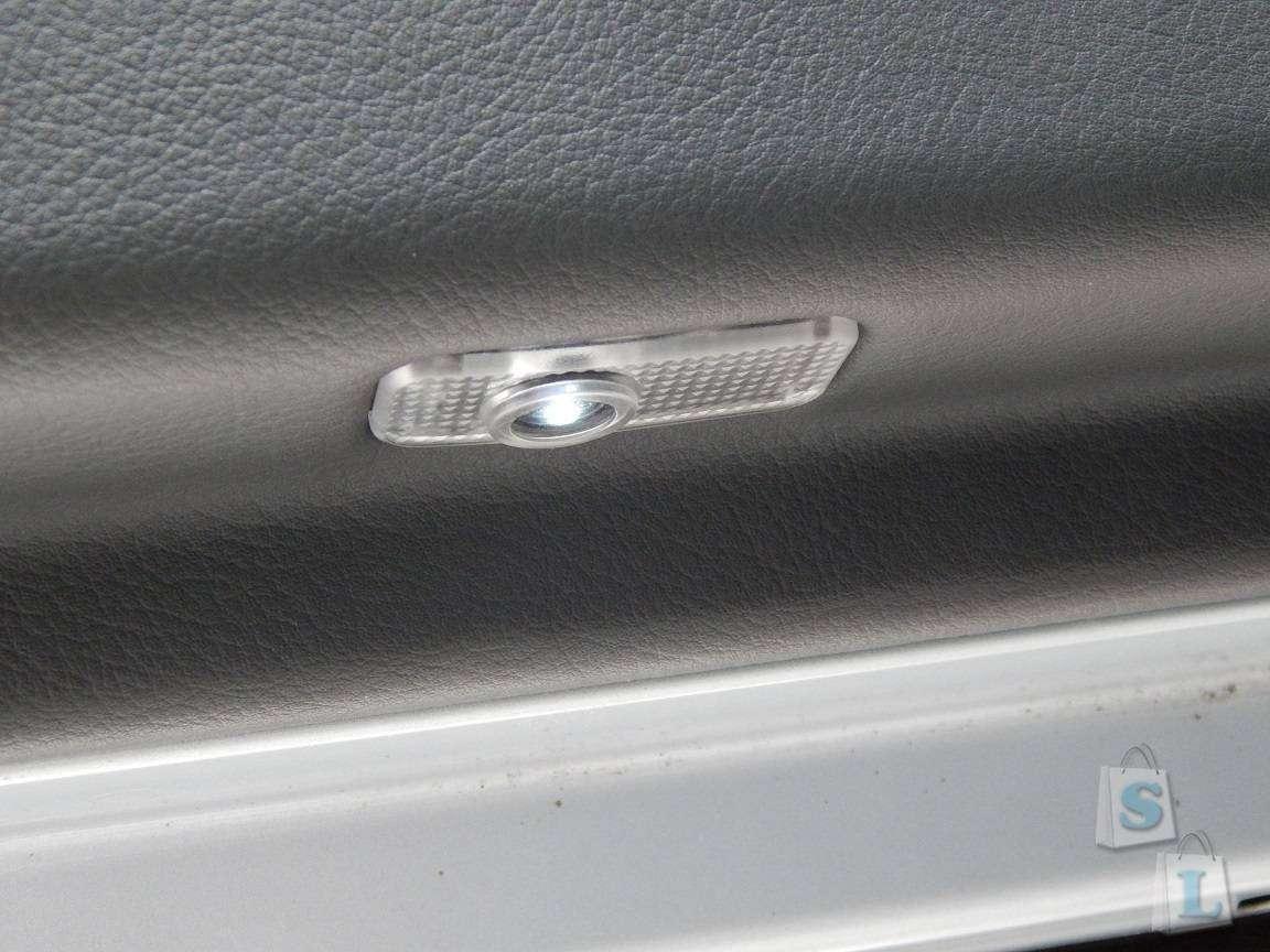 TinyDeal: Подсветка дверей с логотипом автомобиля AUDI
