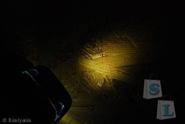 DealExtreme: Налобный фонарь GLAREE L50PRO