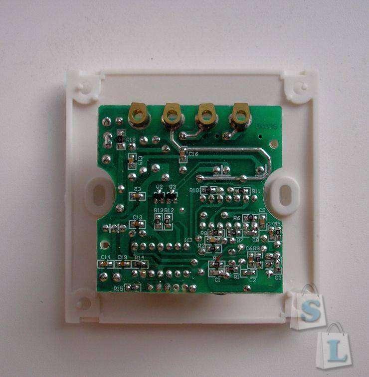 EachBuyer: Радиоуправляемый выключатель для люстры (с пультом).