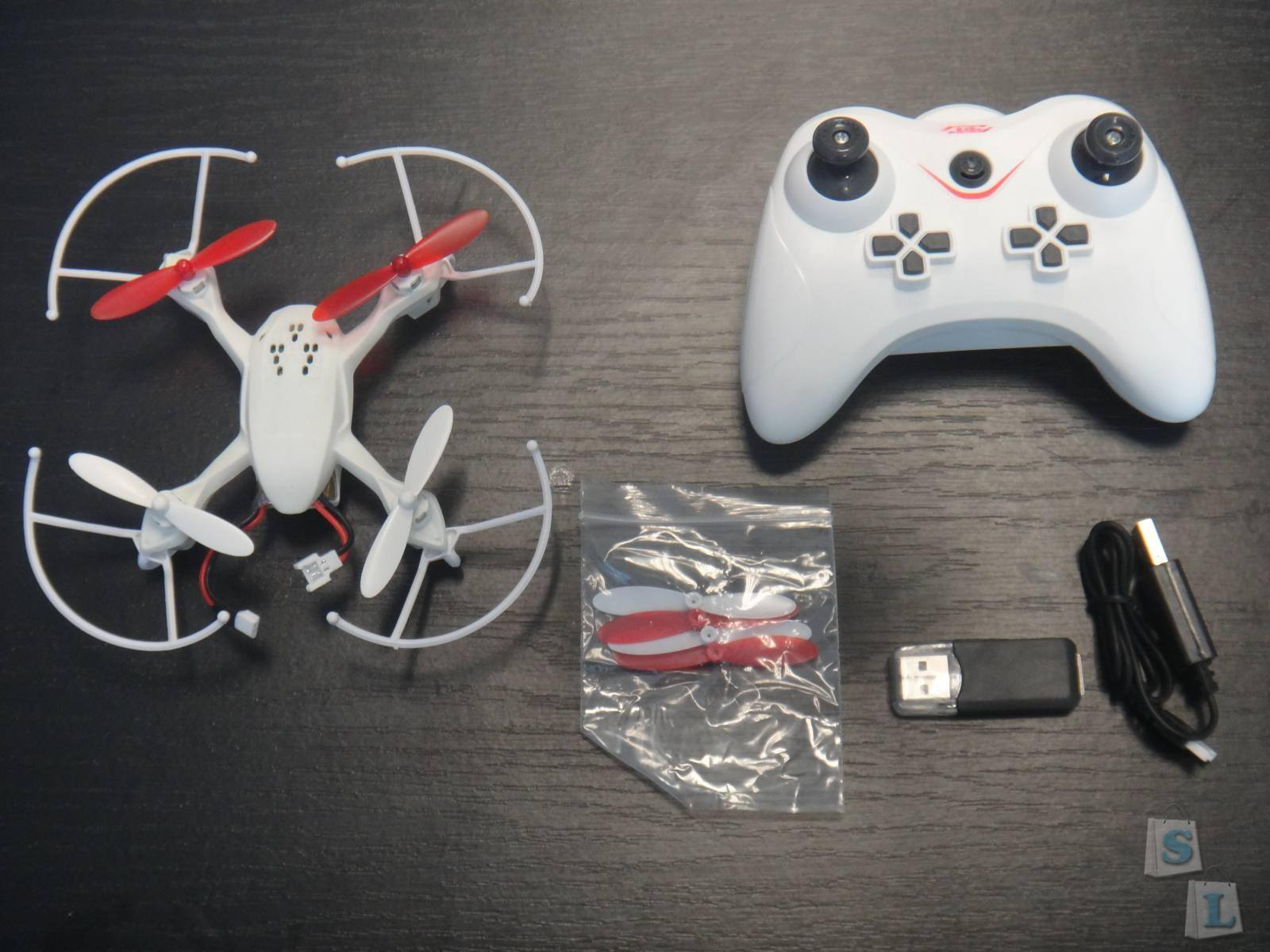 TVC-Mall: Квадракоптер JY001 копия Hubsan H107D с 2,0 Мп камерой, Headless режимом и возвратом к пульту