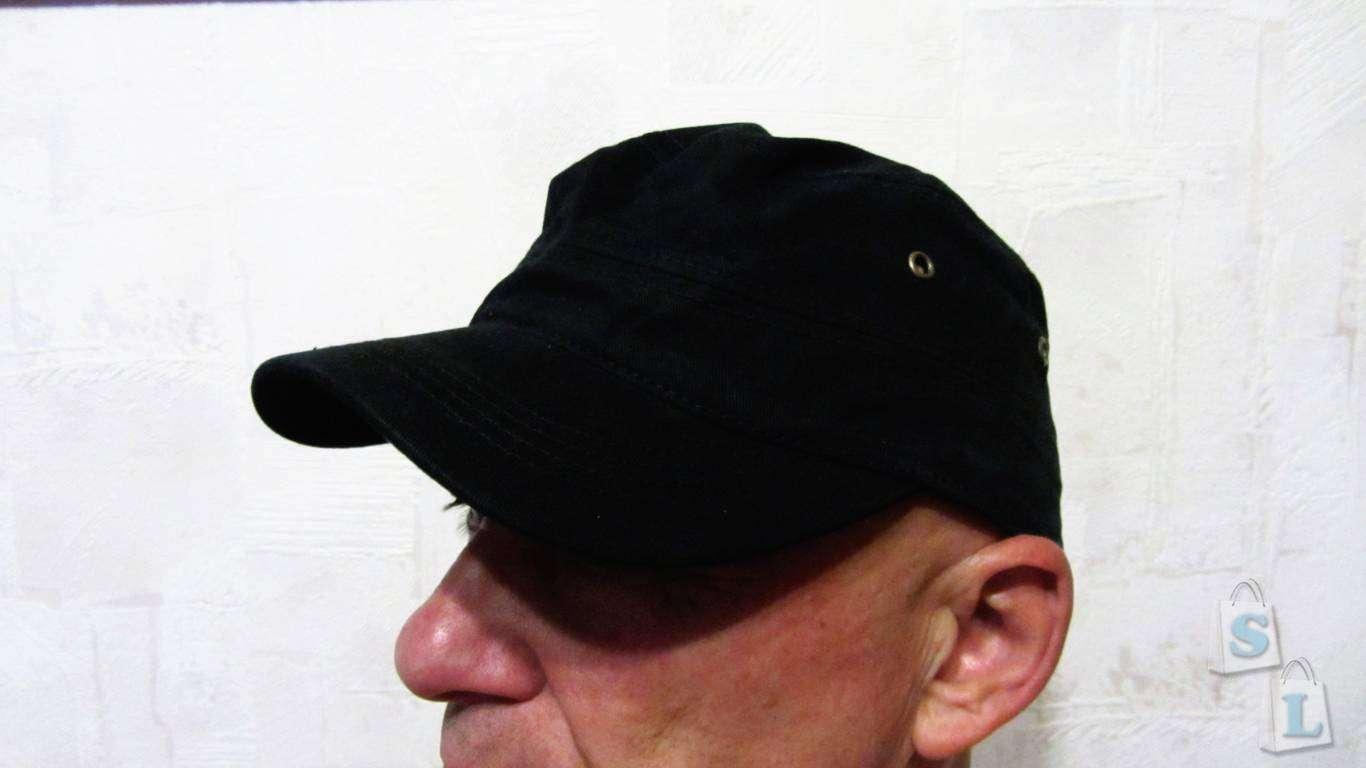 ChinaBuye: Футболка с принтом и кепка