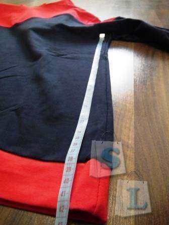 Другие - Украина: Спортивные штаны и спорт свитер.