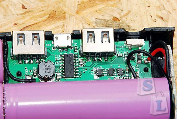 GearBest: Безымянный повербанк на 20000мАч с кемпинговым фонарем.