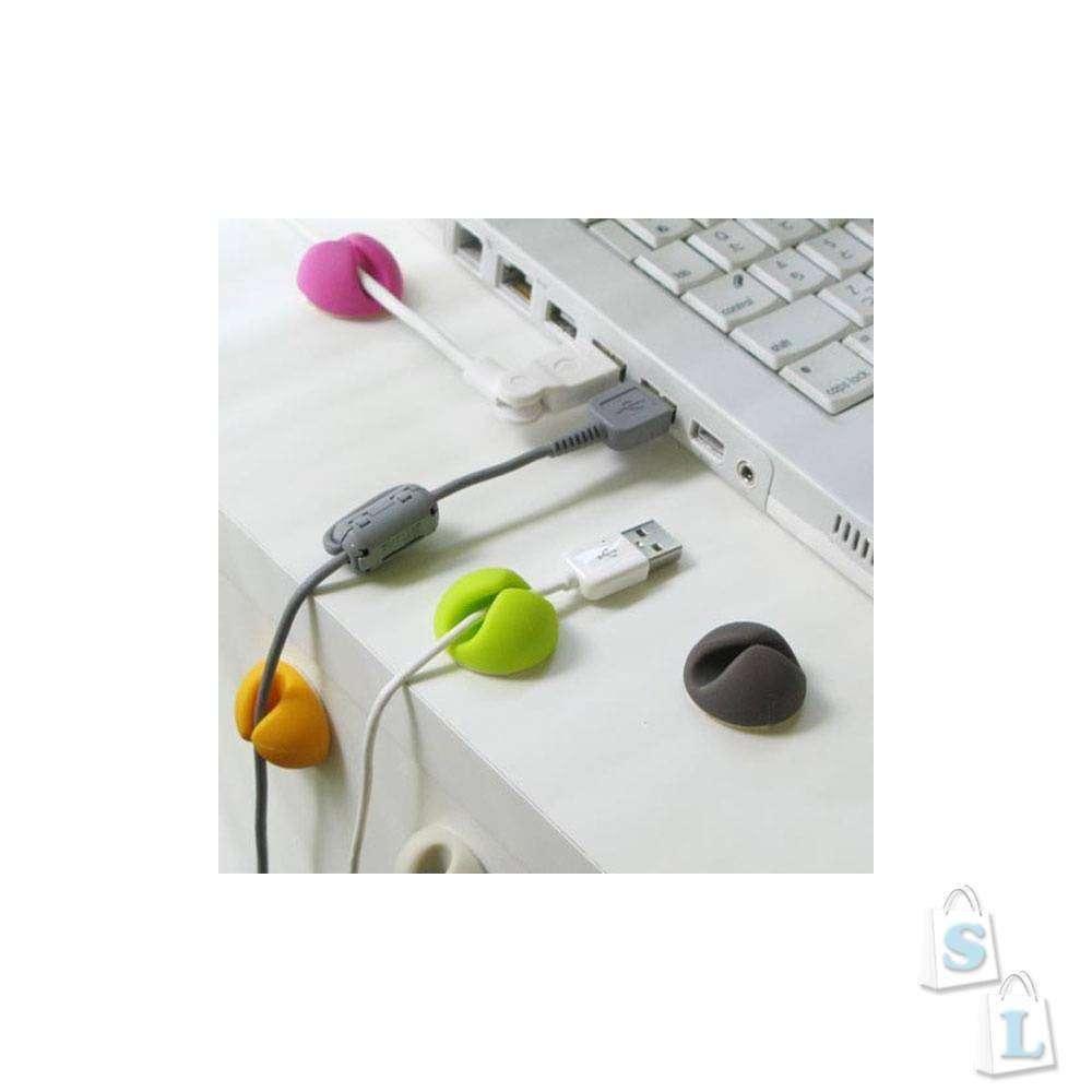 Lightake: Чехол для Iphone 4S, держалки для кабелей и резиновая курица :)
