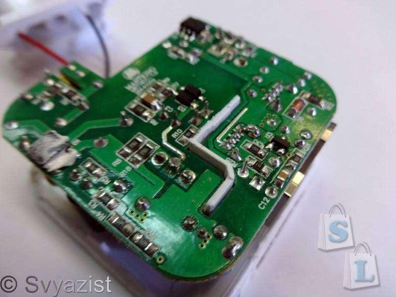 Banggood: Двухпортовая зарядка BlitzWolf ™ BW-S2 4.8а 24W с технологией Power 3S