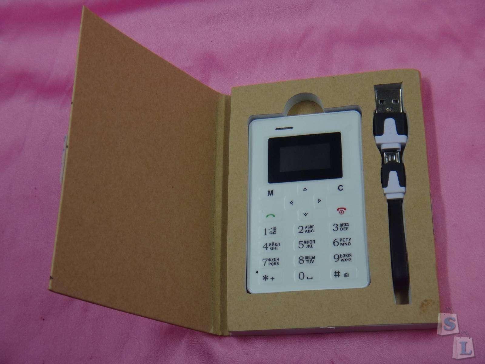 GearBest: AIEK AEKU M5 самый маленький телефон-кредитка  с русскими клавишами