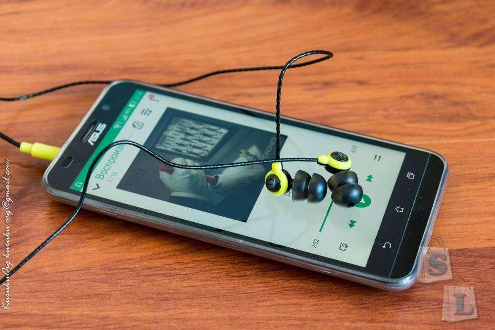 GearBest: Обзор наушников Fidue A31s - Мал, да удал!