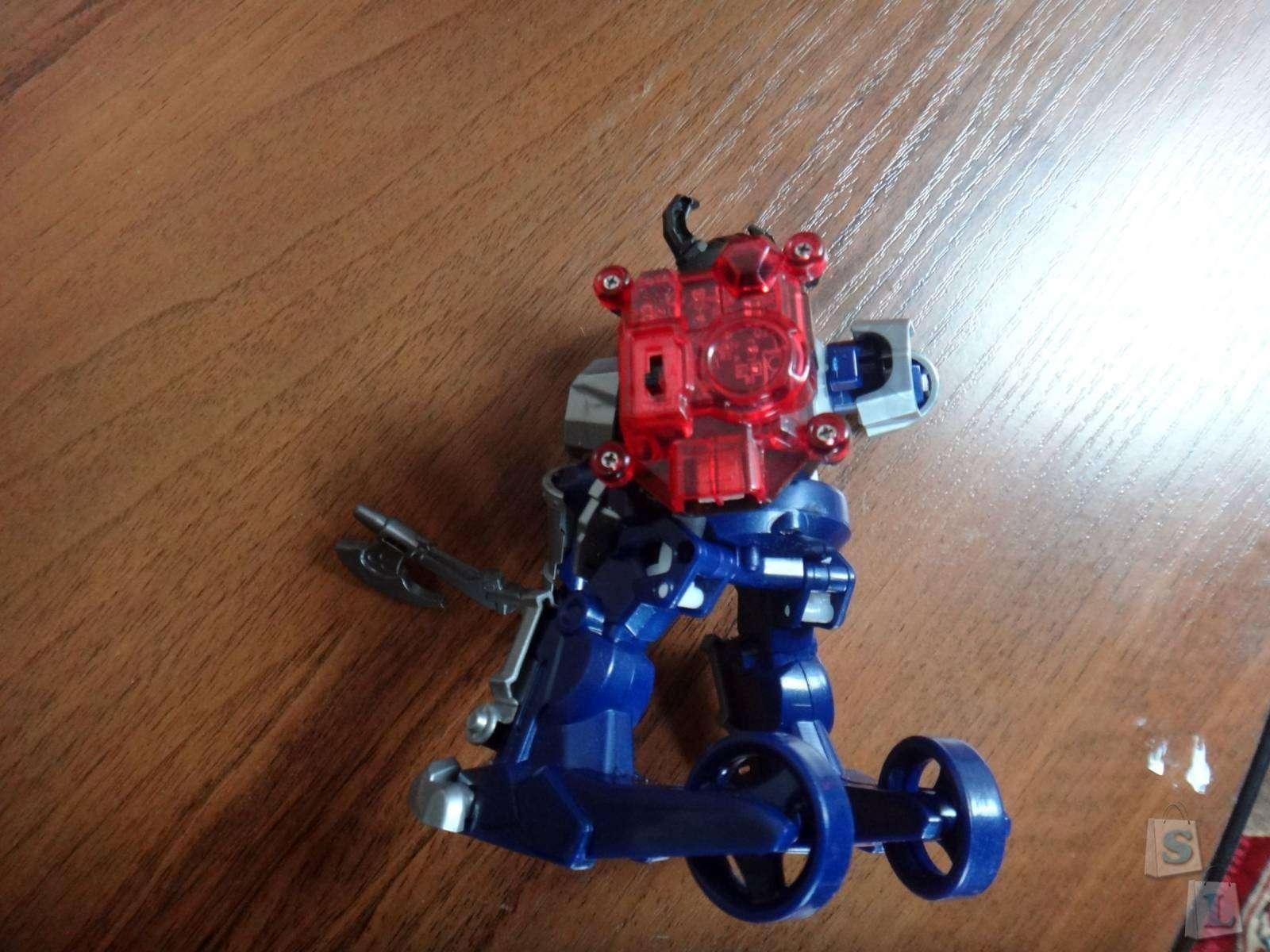 Amazon: Обзор боевые роботы Tomy Battroborg на арене рыцарь и викинг