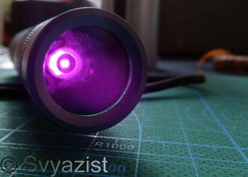 GearBest: Стекло Вуда для ультрафиолетового фонарика Convoy S2.