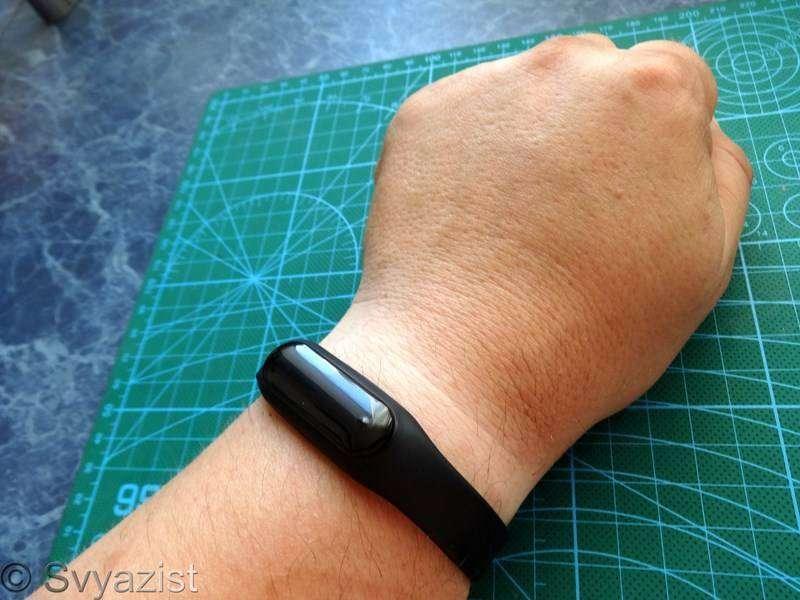 Banggood: Фитнес-браслет C6 с сенсорным OLED экраном, трекером сна и измерением пульса.