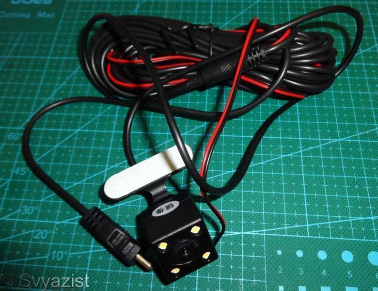 Aliexpress: Автомобильный видеорегистратор Andonstar SD18 с двумя камерами.