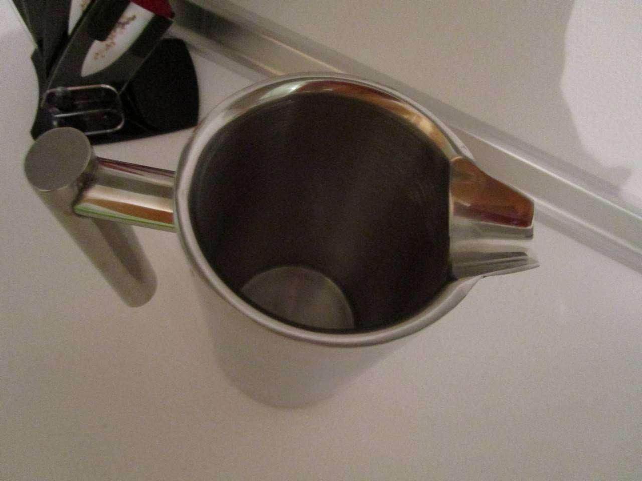 GearBest: Кофейник, который сохраняет ваш кофе горячим