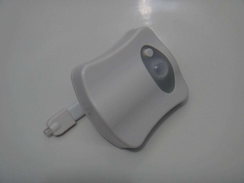 GearBest: Цветная LED подсветка для унитаза Brelong с датчиком движения