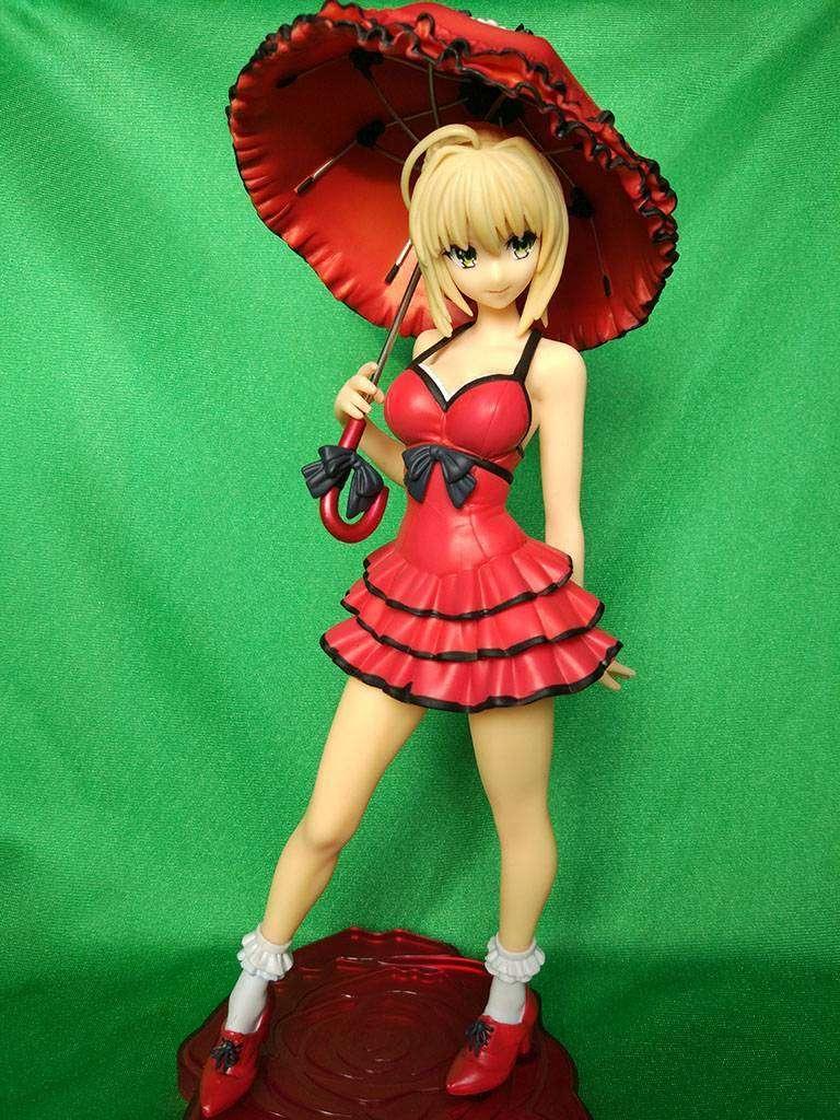 Lightinthebox: Фигурка Saber из аниме Fate/Stay Night. Девушка с солнечным зонтиком