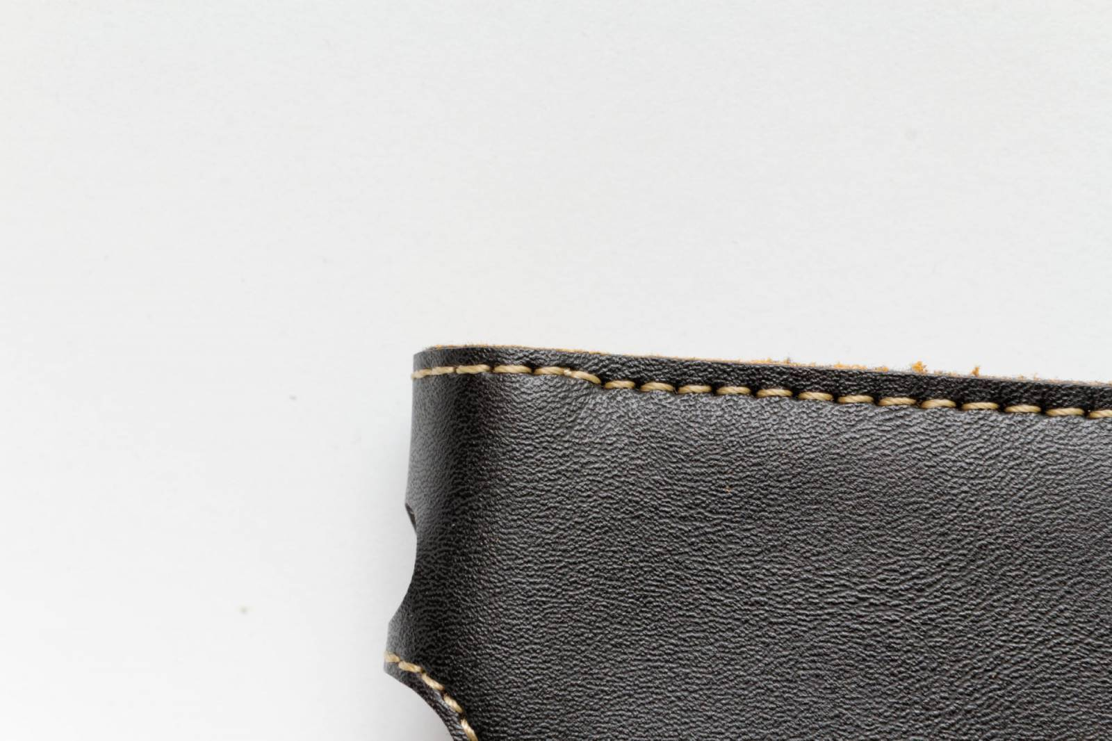 Aliexpress: Кожаный чехол для iPhone 6 и других смартфонов
