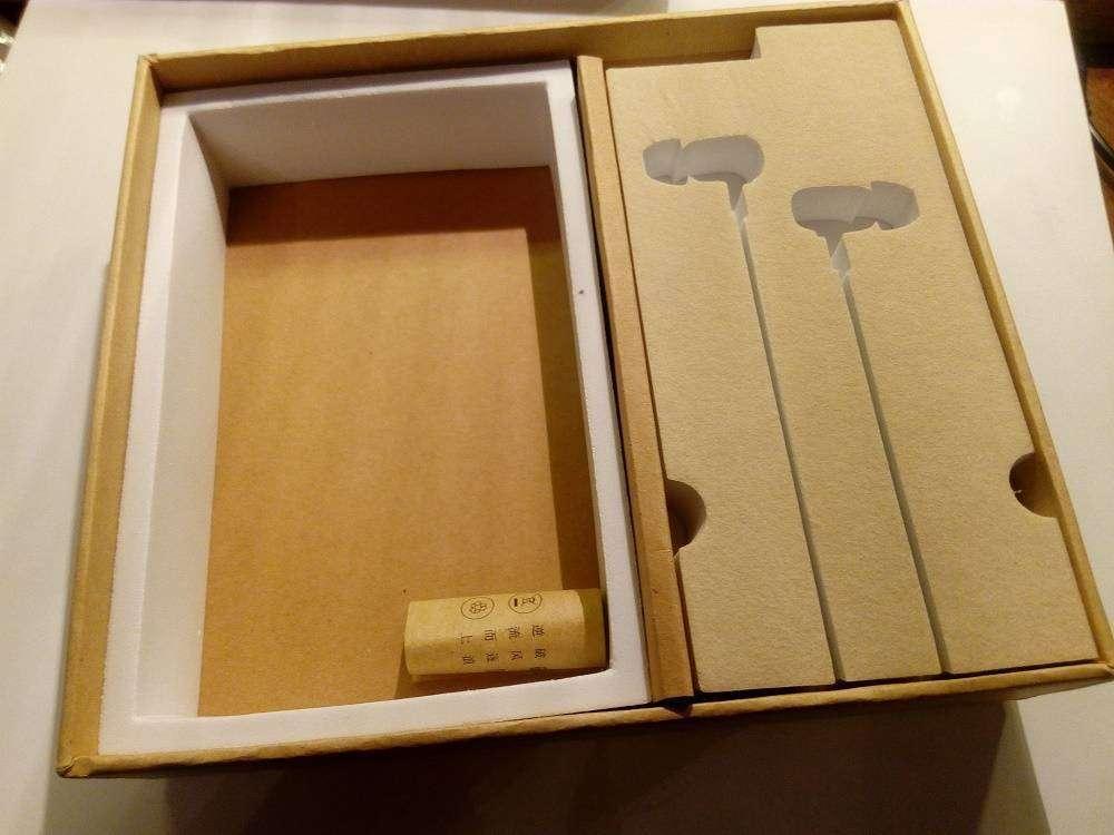 Aliexpress: Dzat DF-10 - обзор неплохих деревянных наушников