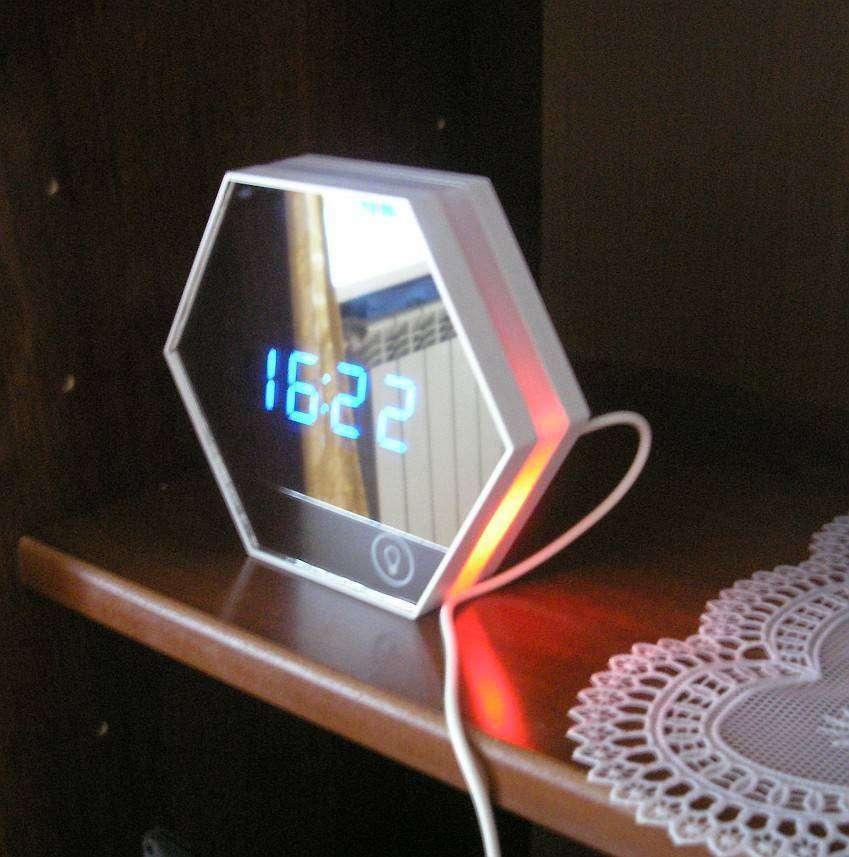 GearBest: Часы-ночник