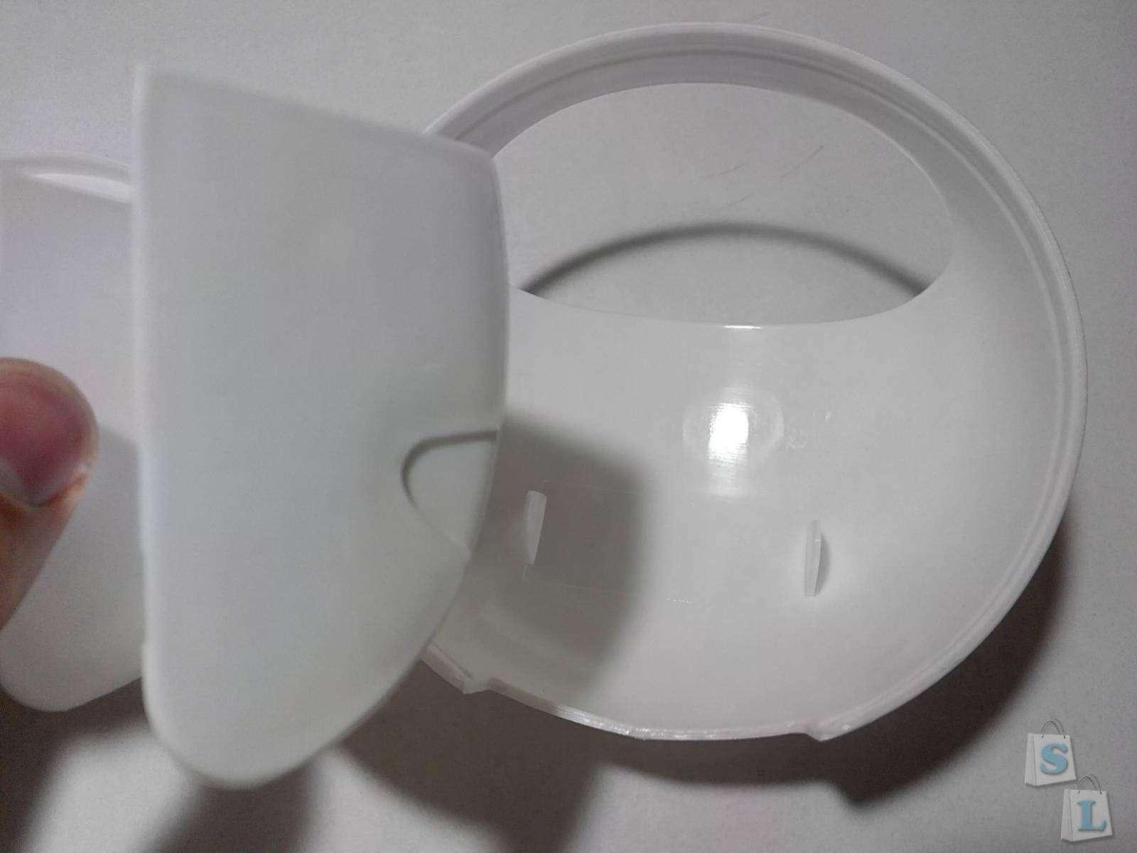 Lightinthebox: Держатель на стену под зубные щетки и пасту