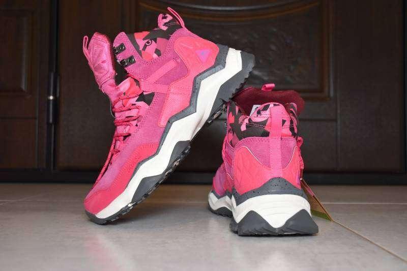 Aliexpress: Женские кроссовки 'rax' - это вам не Abibas