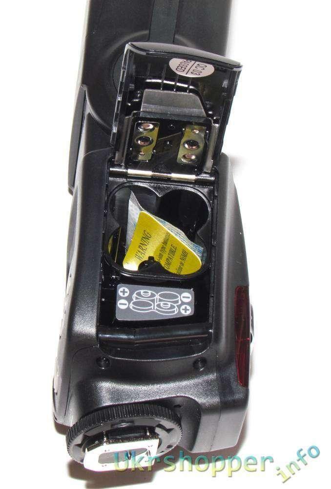 DealExtreme: Сравнительный обзор фотовспышки Yongnuo YN560-II