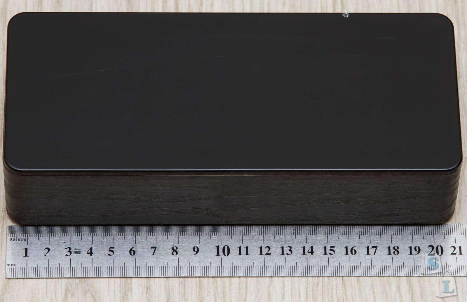 Banggood: LED часы будильник с деревянной текстурой и крупными цифрами