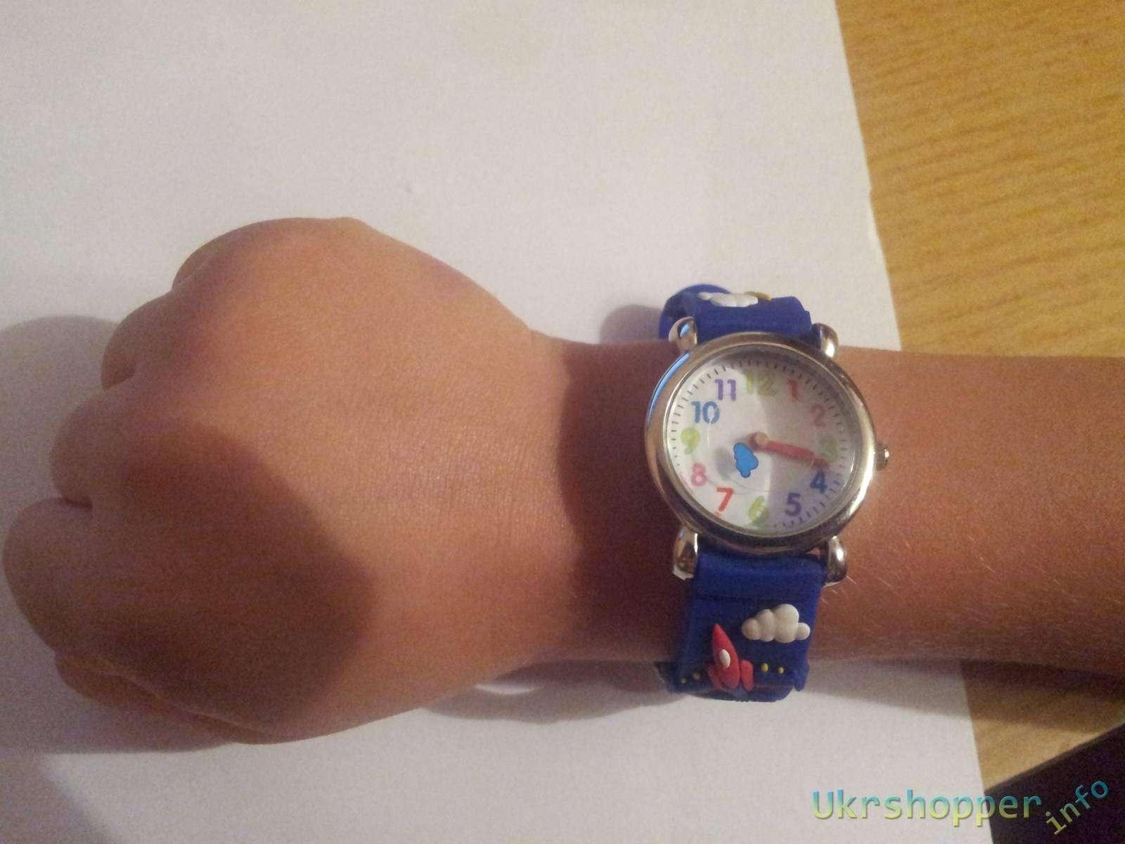 Aliexpress: Обзор приятных детских наручных часов с самолетиками