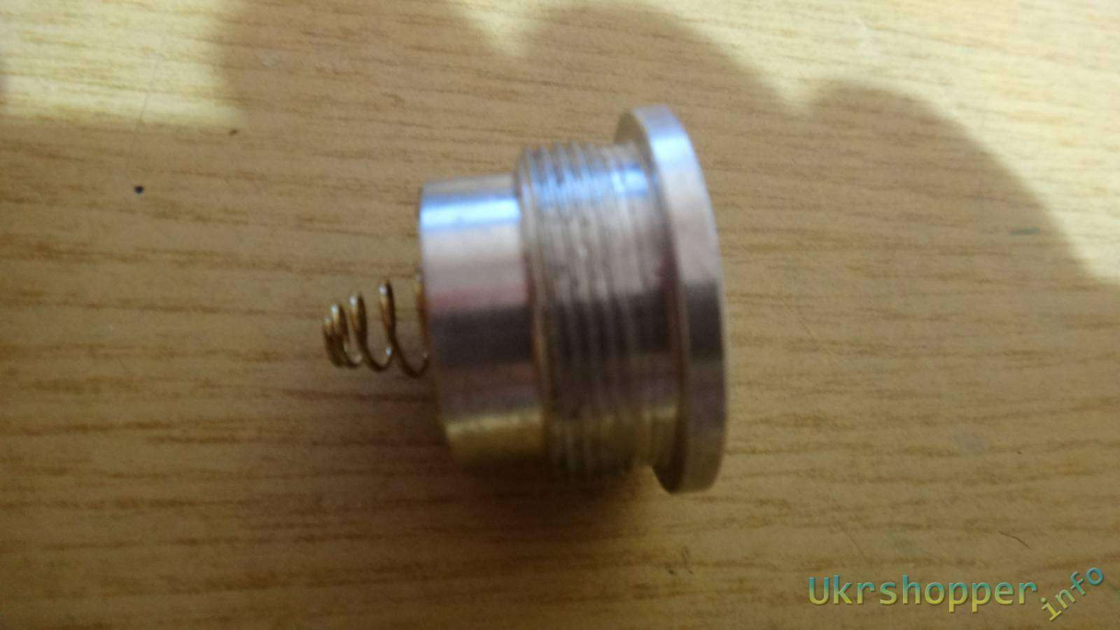 Comebuy.com: Обзор и бимошоты фонаря Ultrafire C12 на 1 светодиоде Cree XM-L T6 1600 люмен