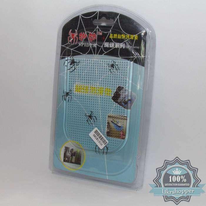 DealExtreme: Антискользящий коврик в автомобиль для телефонов и прочего