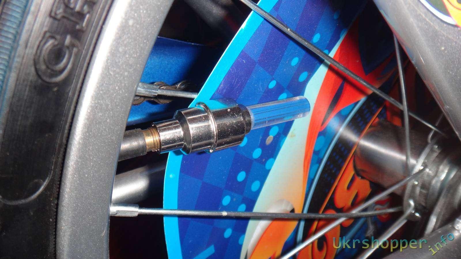 DealExtreme: Обзор колпачка ниппеля со светодиодной лампочкой для велосипеда