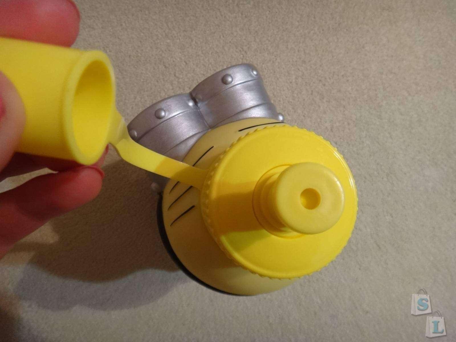GearBest: Обзор бутылки на 600мл в форме миньона из мультфильма 'Гадкий Я'