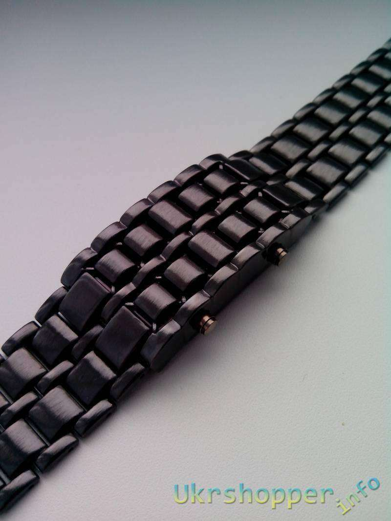 TinyDeal: Электронные часы браслет
