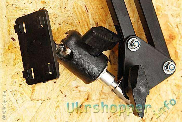 DealExtreme: Вращающаяся стойка для планшетов и мобильных телефонов Brilink ST04