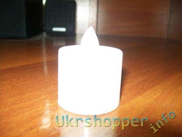 TinyDeal: 7-цветная, автоматически изменяющая цвет лампа в форме свечи