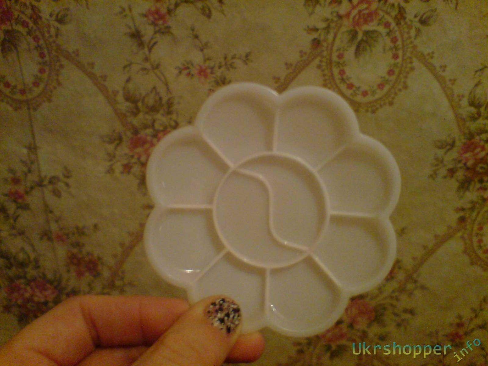 TinyDeal: Палитру для красок в виде цветочка. Flower Shape Color Mixing Palette Paint Plate Draw Palette Nail Art Dish - White HCI-149578