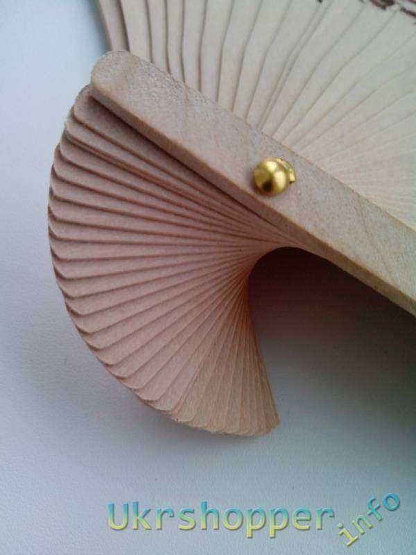 TinyDeal: Веер из дерева