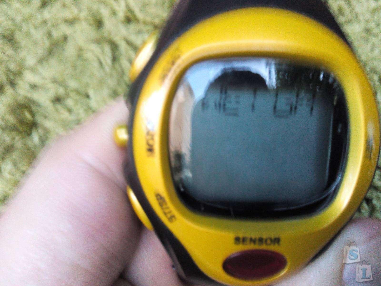 GearBest: Убер-смарт-часы с дисплеем, 'калориеметром' и пульсометром.