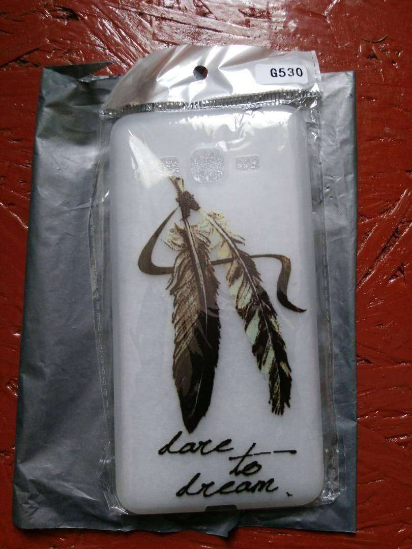 Aliexpress: Ультрадешевый чехол с перьями на Самсунг