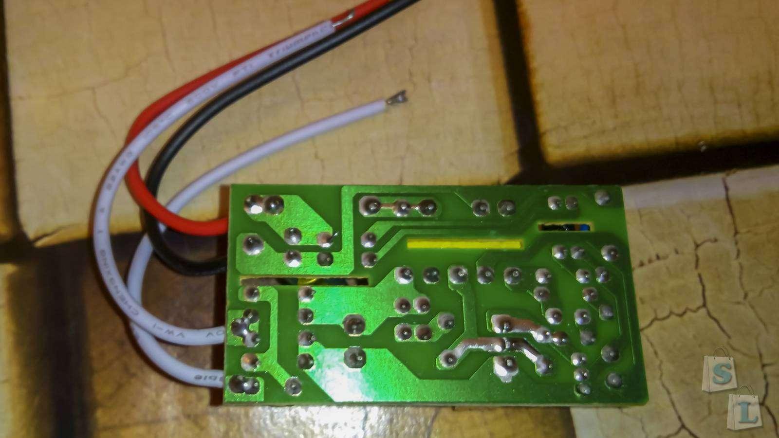 TinyDeal: LED Driver для светодиодных лент 12 Вольт 18 Ватт