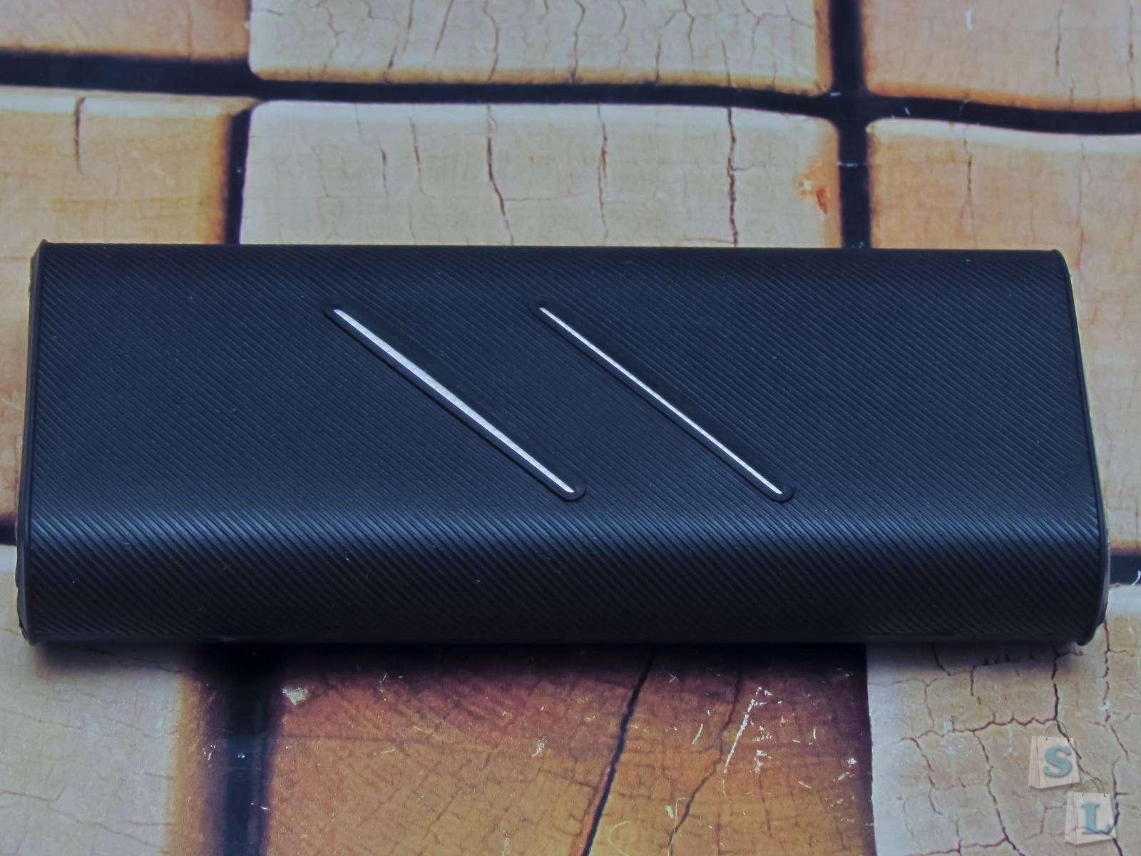 GearBest: Силиконовый черный чехол для powerbank Xiaomi 16000