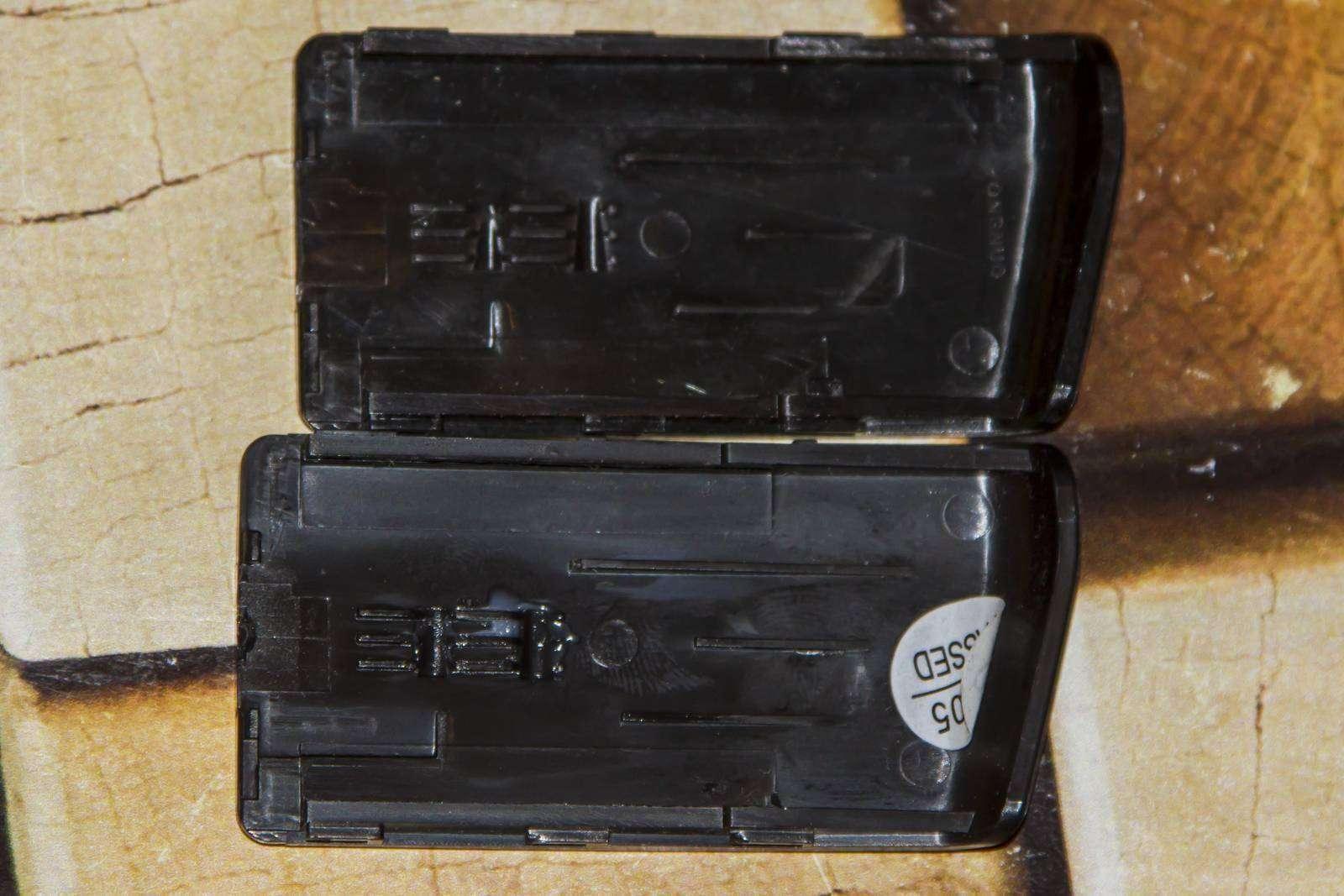 Aliexpress: Крышка батарейного отсека для фотовспышки YONGNUO YN-568EX