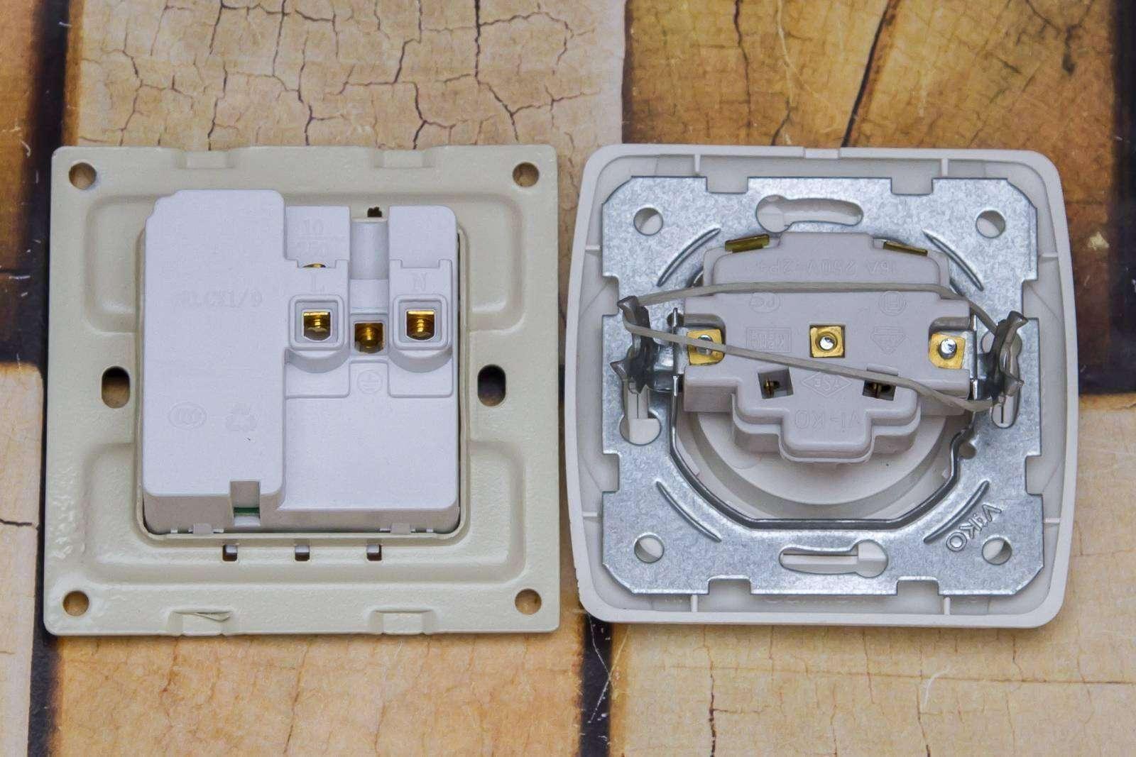 GearBest: Настенная розетка для разных типов вилок и USB портом