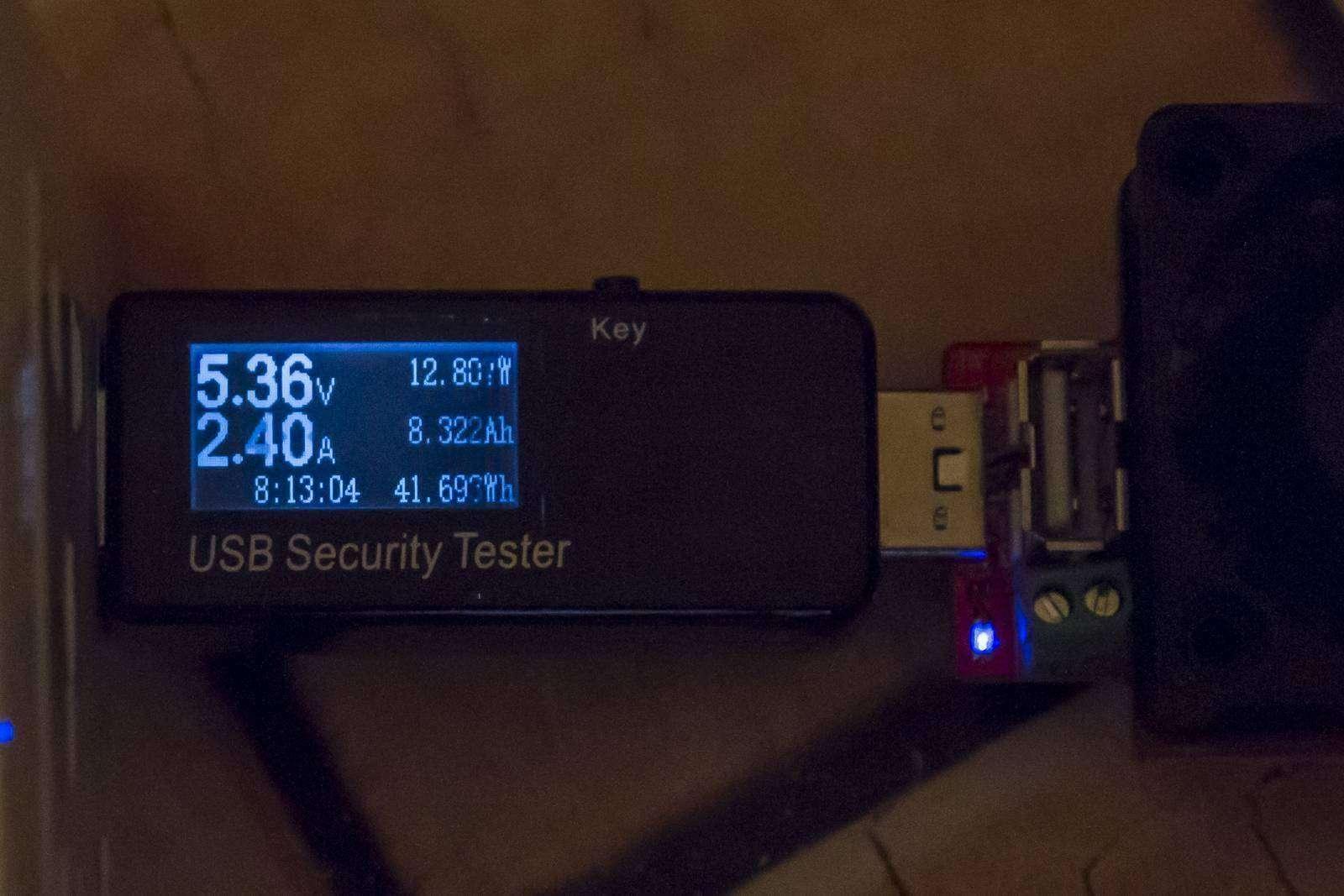 GearBest: Сдвоенная универсальная розетка, для всех типов вилок и двумя USB
