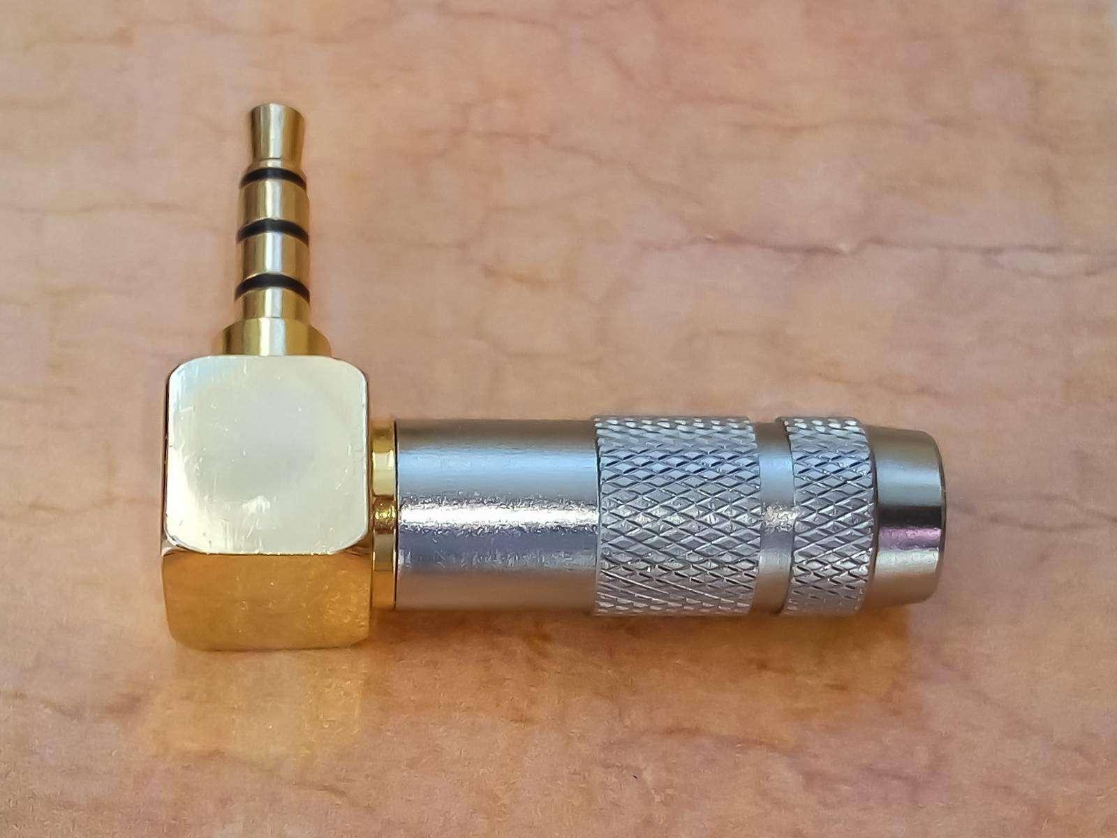 Banggood: Г образный, 4х контактный 3,5 мм аудио штекер