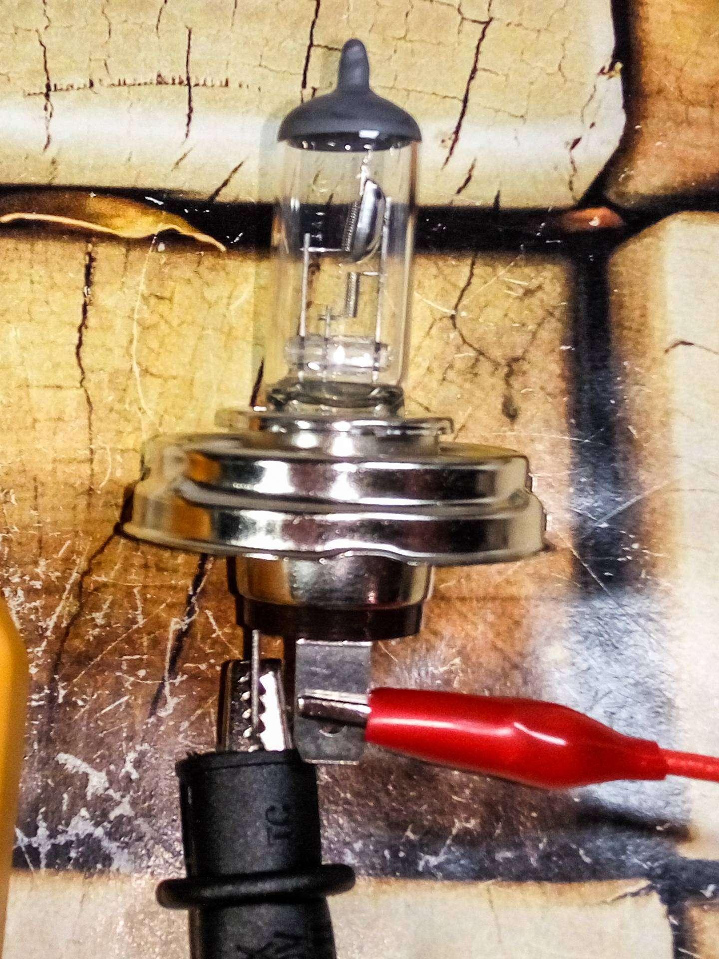 Aliexpress: Автомобильные лампочки 24В 100 Вт в качестве нагрузки для тестов блоков питания