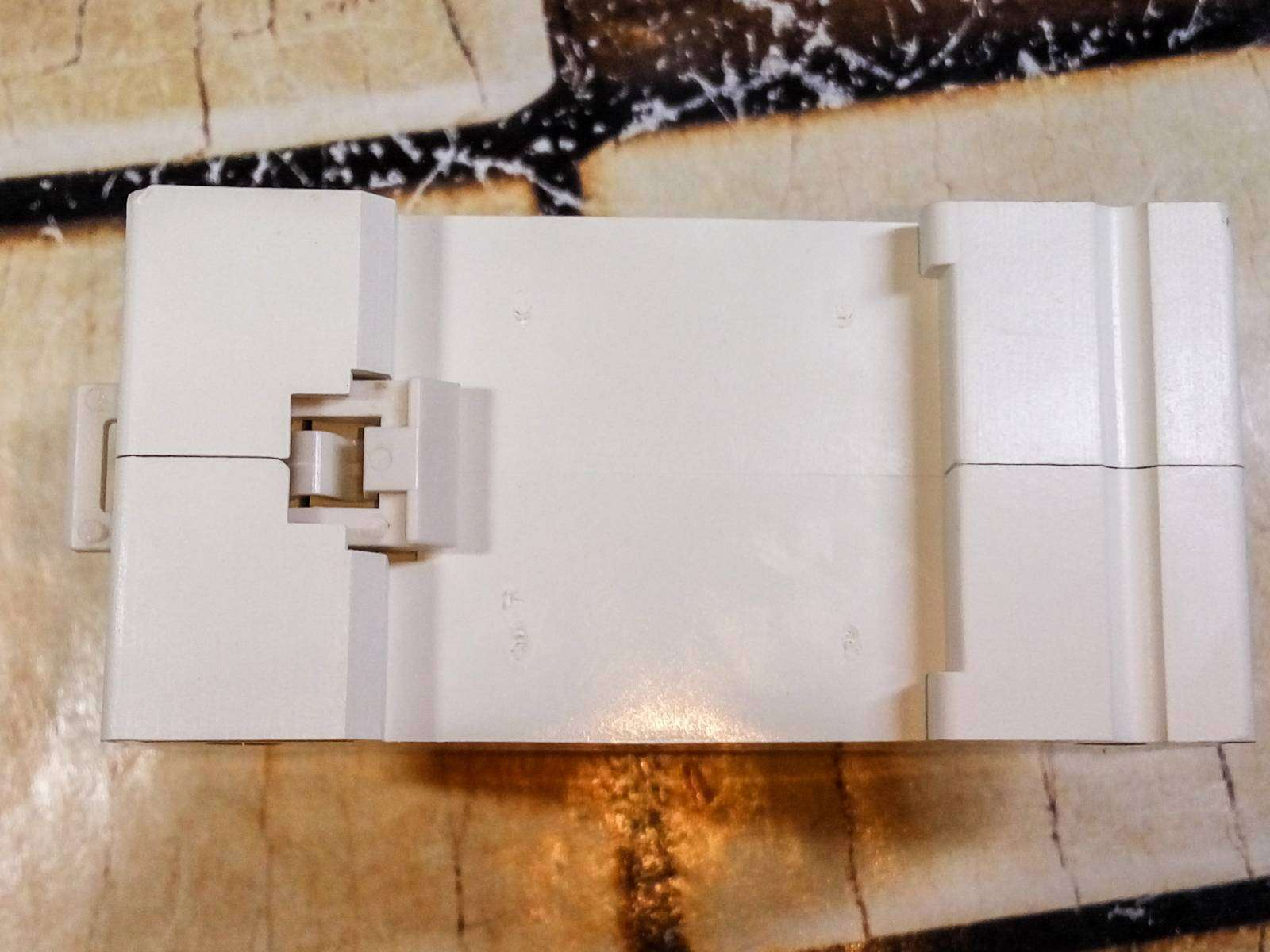 Aliexpress: Универсальная розетка с креплением на DIN рейку