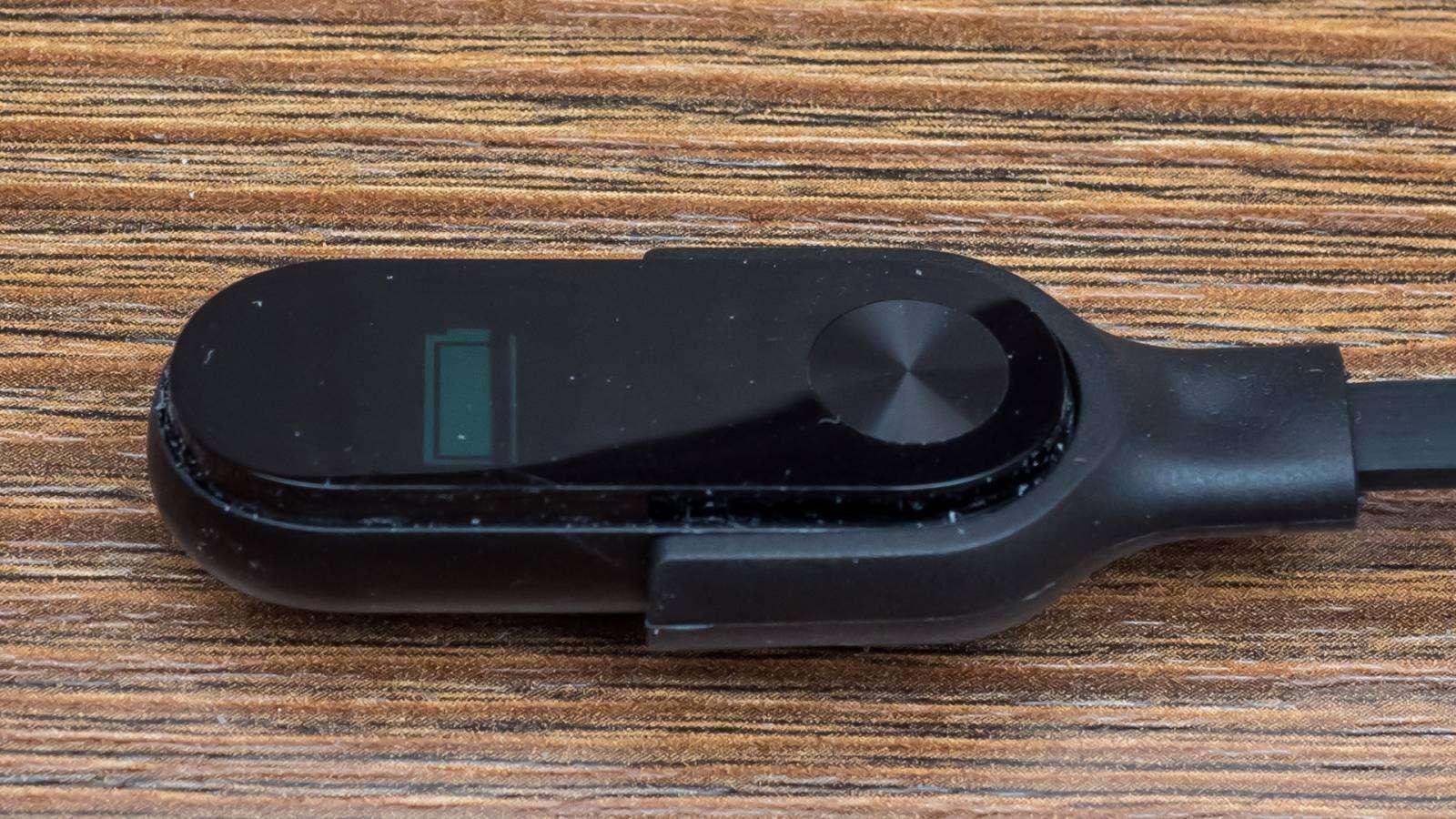 GearBest: Зарядный кабель для браслета Xiaomi Mi band 2